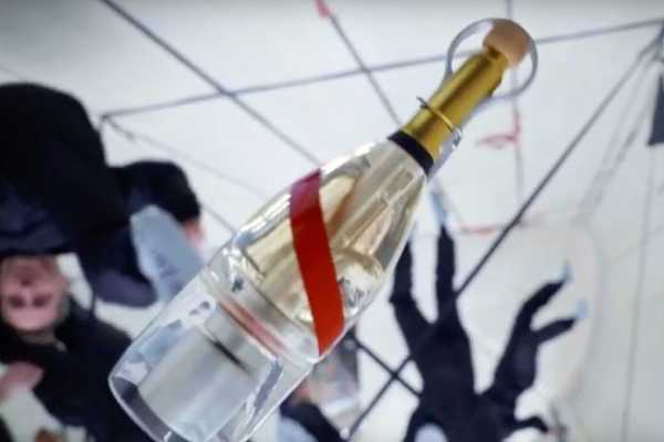 champagne in space
